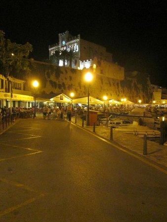 Restaurant Des Port : porto