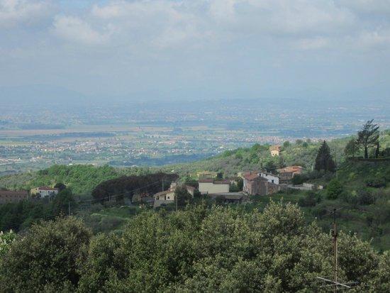 San Baronto: Вид с крыши гостиницы в Сан Баронто