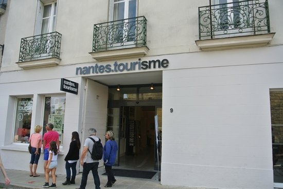 office de tourisme nantes telephone