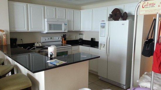 Calypso Resort & Towers: Kitchen