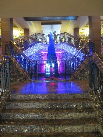 Fantasia Hotel De Luxe Kusadasi: lovely foyer