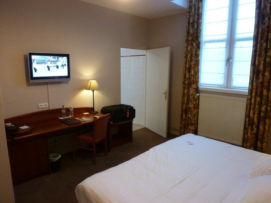 Best Western Hotel Hermitage : 2nd floor double room