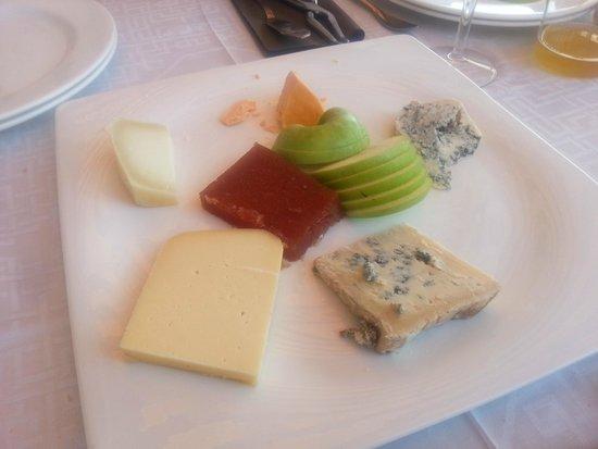Casa Basilio: Los quesos asturianos. Cabrales muy sabrosos y el descubrimiento del Afuega 'l Pitu, con pimentó