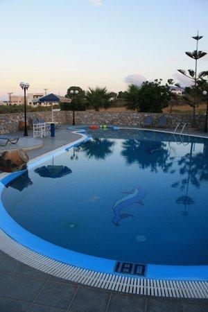 Pension Roussos: La fantastica piscina