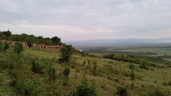 Mara Serena Safari Lodge : View from conference area. Beware of baboons opening windows