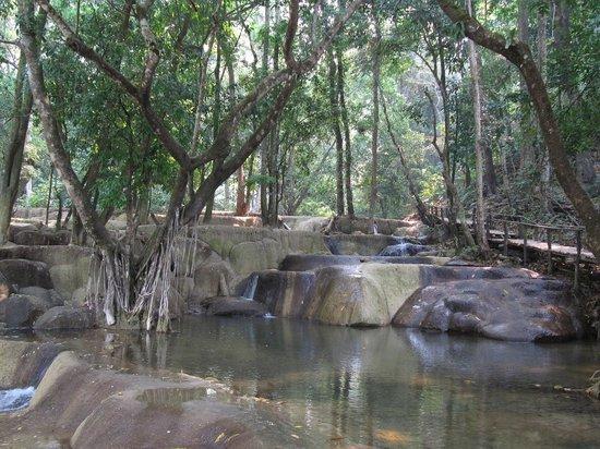 Tad Sae Waterfall: Cascade à sec