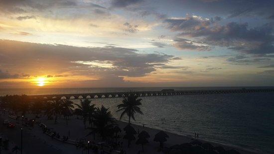 Playa Linda Hotel : La vista desde la terraza del hotel