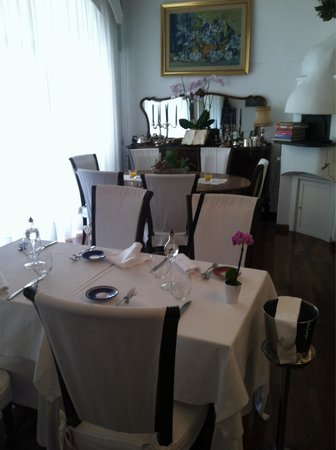 Donna Rosa il Ristorante: Elegant Dining