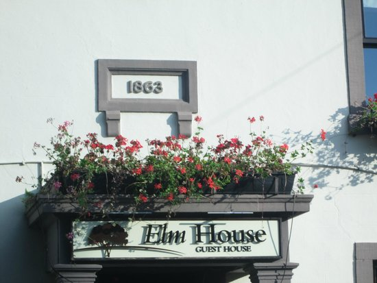 1863 Bar Bistro Rooms: Well established Quaint