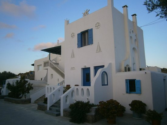 Main Building Picture Of Anais Apartments Mykonos Town