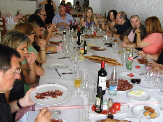 Antic Celler: Amigos y familia expectantes