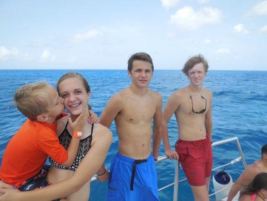 Mirabella Happy Sailing : Kids on the Catamaran