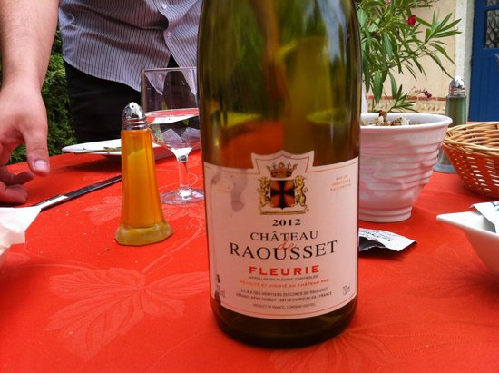 Restaurant Le Thou : great wine to go with frogs legs