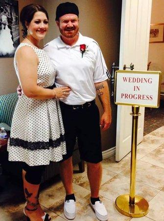 Vegas Weddings: Lance and Heather