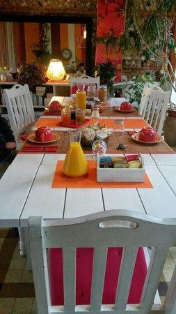 Trouville-la-Haule, France: Colazione