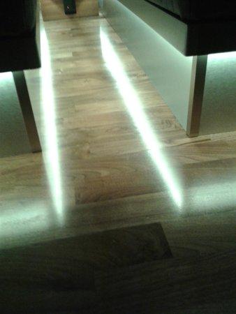 GLO Hotel Art: Iluminación led
