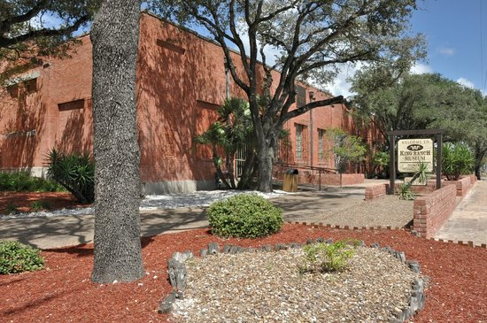 King Ranch Visitor Center: The museum occupies a former icehouse used to replenish ice in refrigerated boxcars.