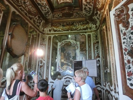 Villa Reale: PARTICOLARE DEL BAGNO CINESE.