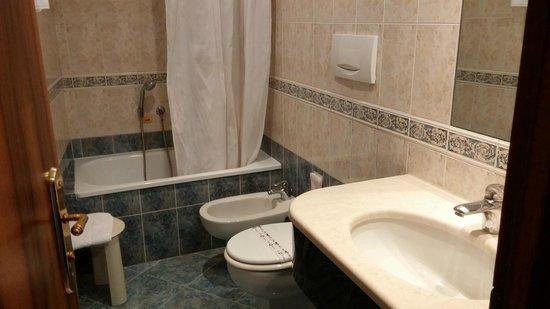 Antica Locanda al Gambero: Bathroom
