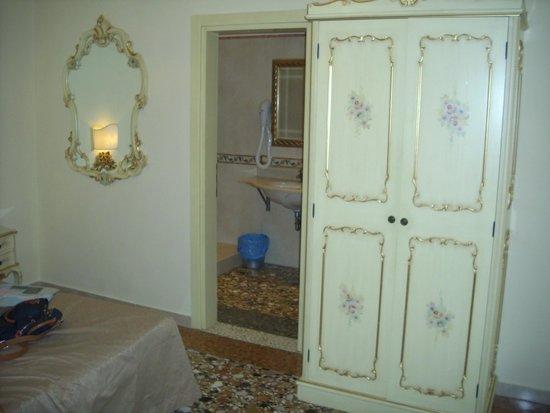 Locanda al Leon: The room