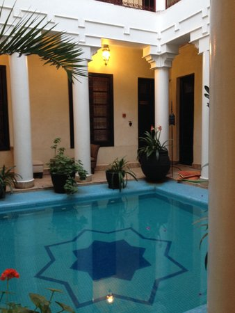 Riad Africa and Spa: Piscina