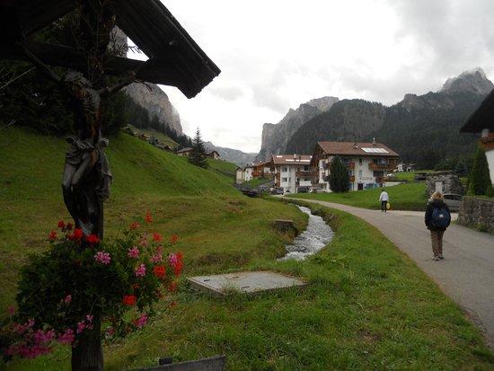 Pista da fondo Selva Gardena - Vallunga: strada trafficata