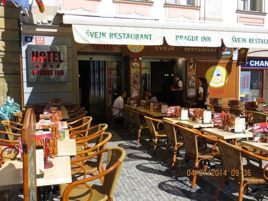 Svejk Restaurant : sjove kæmpe salt kringler