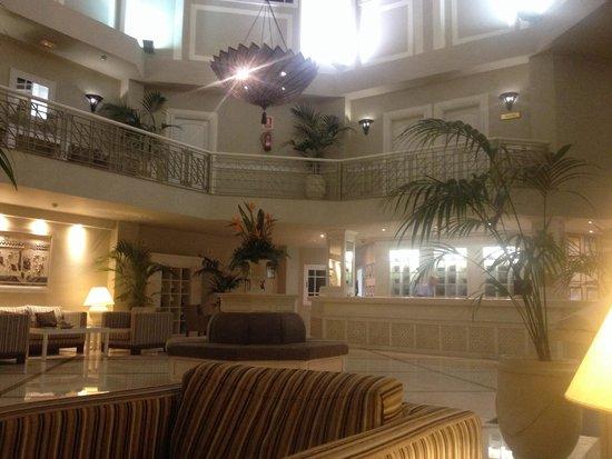 Hotel Riu Garoe : Lobby