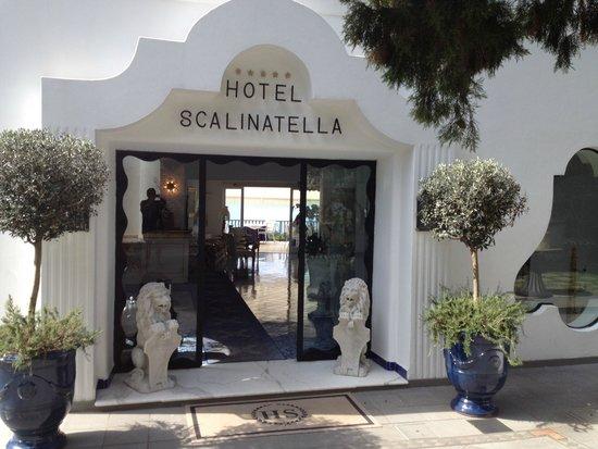 La Scalinatella: hotel front