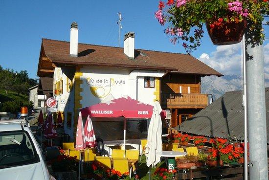 B&B Cafe De La Poste