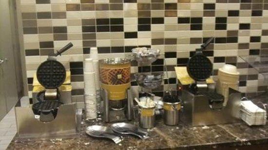 Hampton Inn Manhattan - Madison Square Garden Area : Café da Manhã