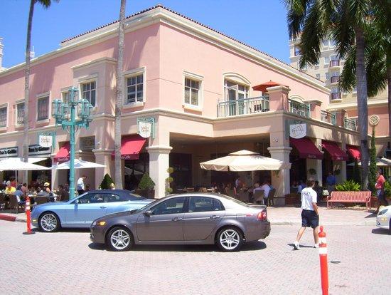Mizner Park Maxs Grille Picture Of Maxs Grille Boca Raton