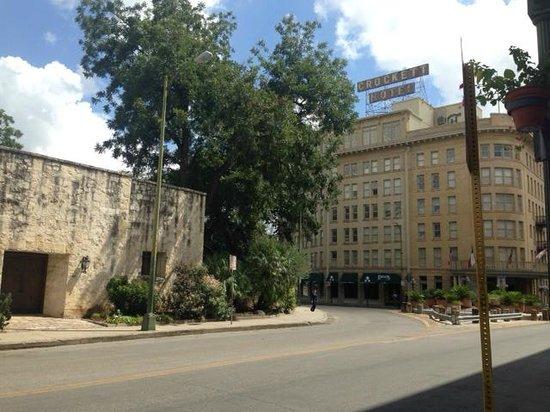 Crockett Hotel is opposite the Alamo