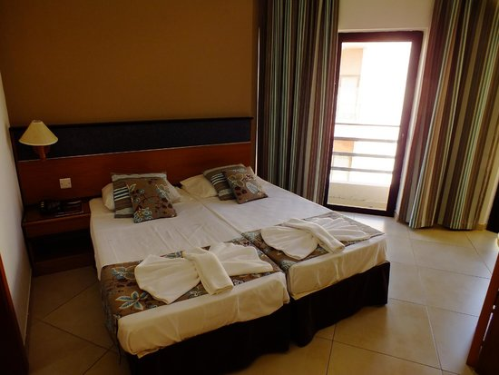 115 The Strand Hotel and Suites: Stanza