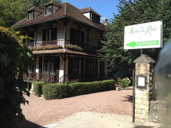 Moulin des Ruats : hotel entrance