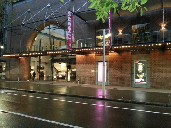 Sydney Theatre Company: STC - see Hugo Weaving in Macbeth