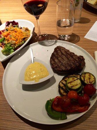 DoubleTree by Hilton Hotel Zagreb: Great steak