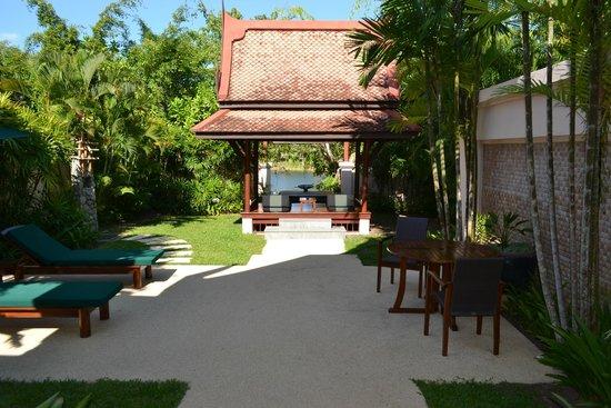 Banyan Tree Phuket: Giardino privato