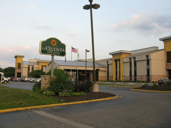 La Quinta Inn & Suites Detroit Metro Airport: La Quinta Detroit Metro Airport