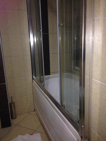 Rast Hotel: état de la salle de bain