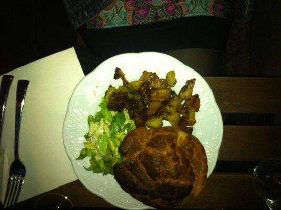 Les Rillettes : a very delicious hamburger
