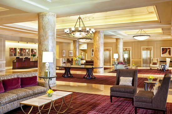 St. Louis City Center Hotel: Hotel Lobby