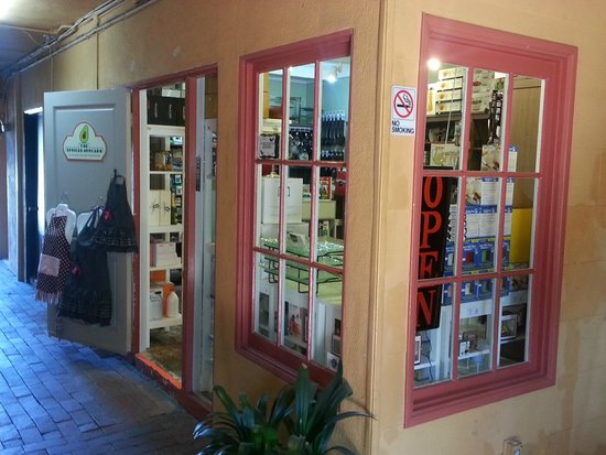 The Spoiled Avocado: front view of the store