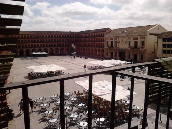 Hostel La Corredera: vista del balcon