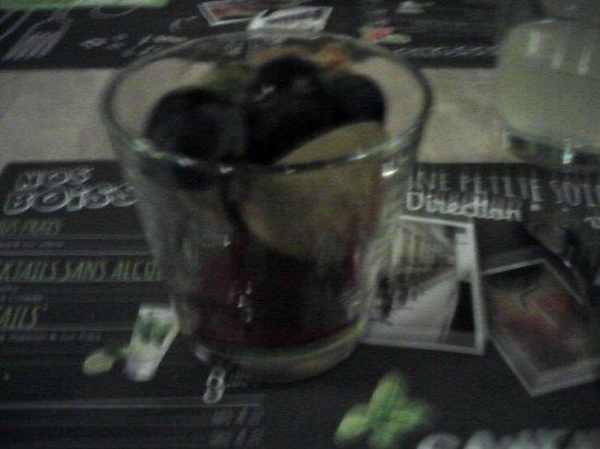 le dessert dans un verre  photo de salad&co, noyellesgodault