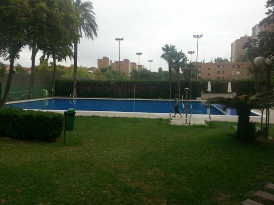 Hotel Medium Valencia: piscina