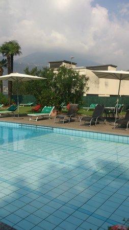 Hotel Vezia: Pool