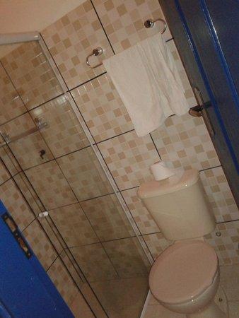 Pousada Lua Clara: Banheiro