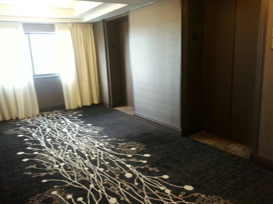 Wyndham Houston West Energy Corridor: Clean hallway