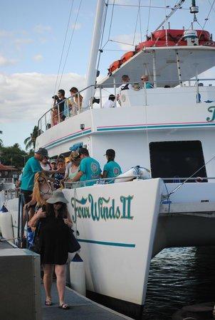 Maui Classic Charters : © cecilia polidori 2014 - Four Winds II Snorkel at Molokini